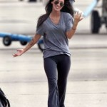 megan-fox-cameltoe-57174ex_fox_b-02