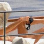 Paola-Ferrari-topless
