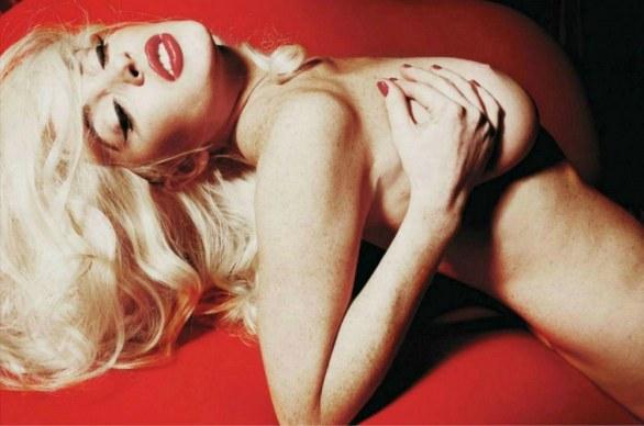 Lindsay-Lohan-playboy-nuda